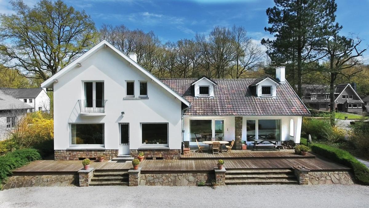 Superbe villa très beau quartier - Xcellence immobilière