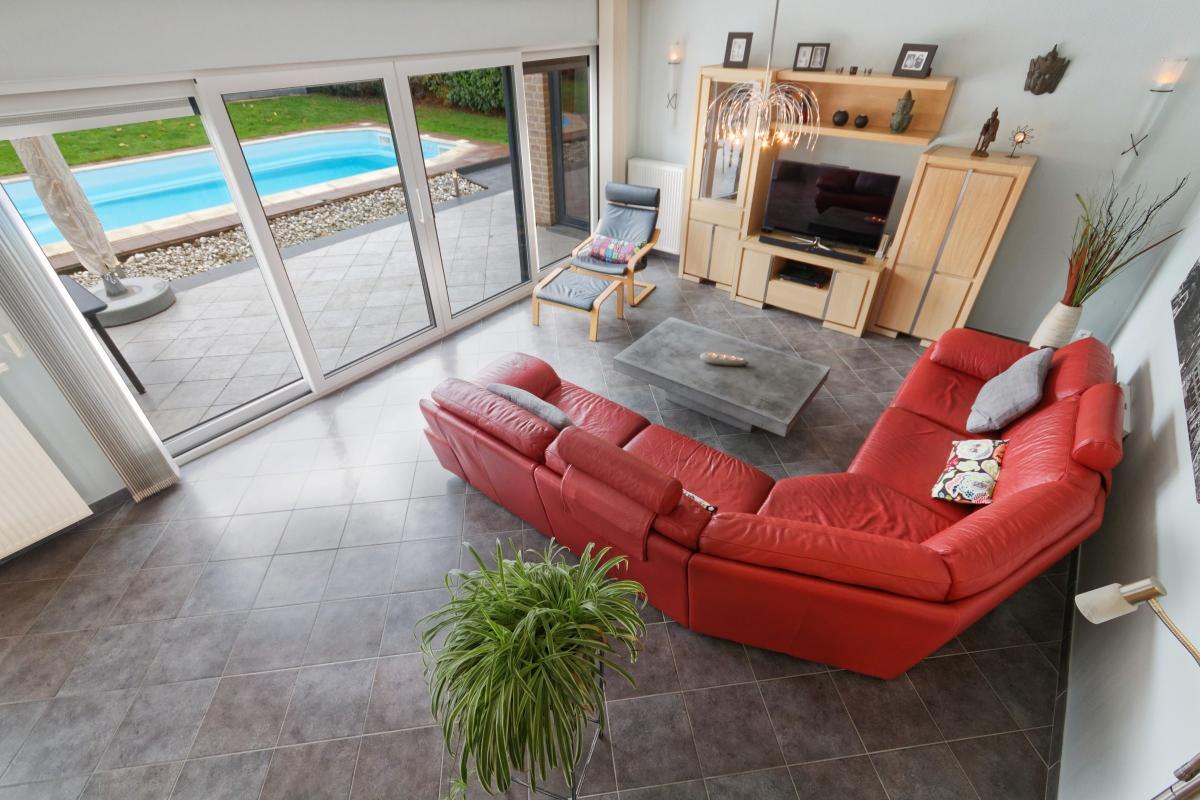 Superbe villa récente avec piscine - Xcellence immobilière