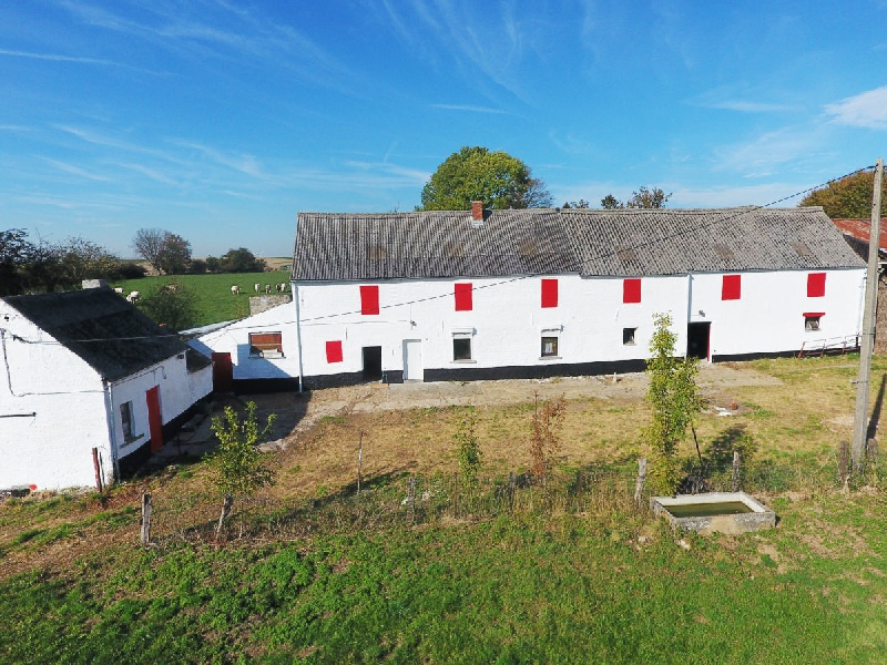 Cadre exceptionnel, une ferme sur 1 hectare 40 ares - Xcellence immobilière